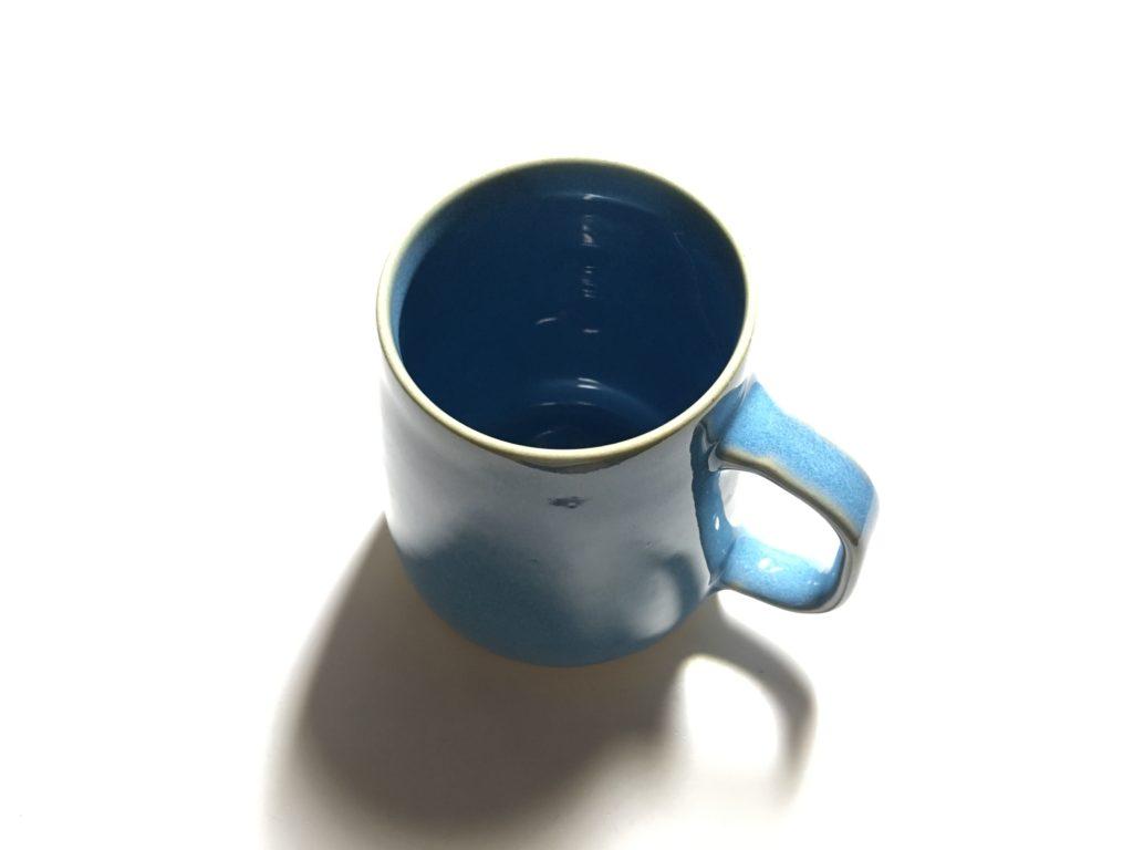 玄瑞窯で焼き上げられたマグカップです。