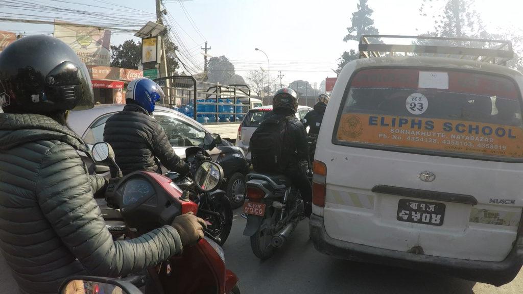 市内の交通量は結構多いです