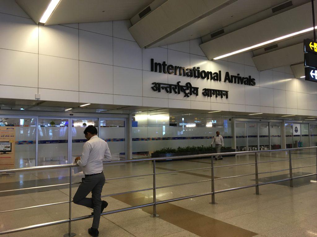 国際線の出口