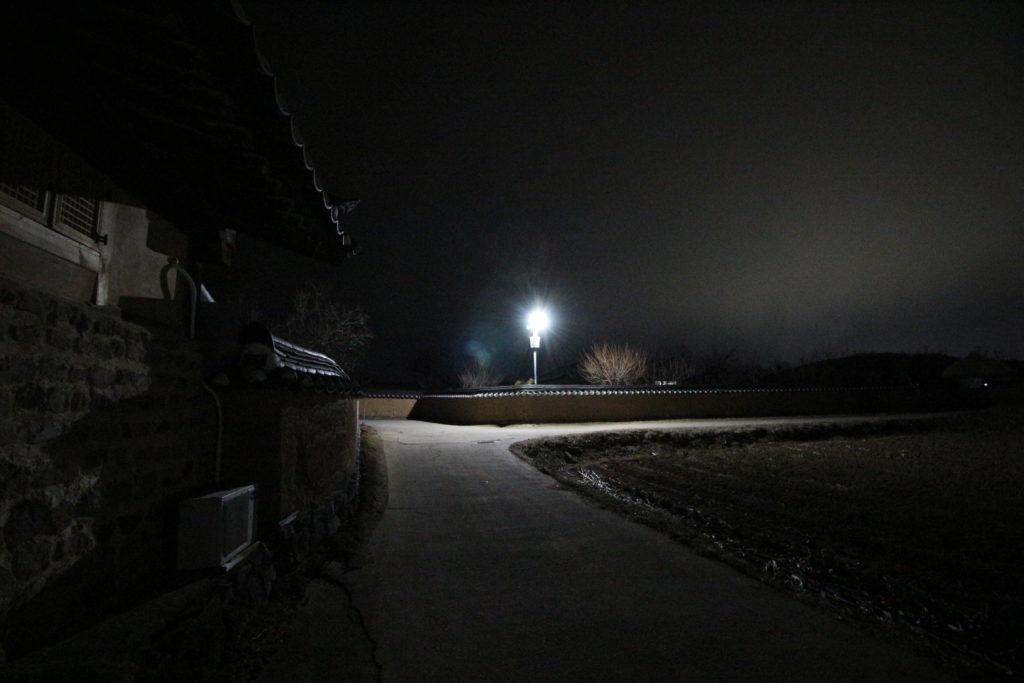 夜の河回村