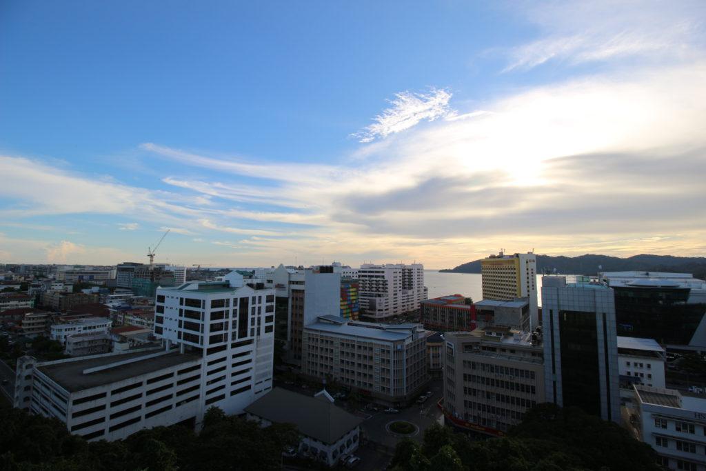 シグナルヒルから見たコタキナバルの景色