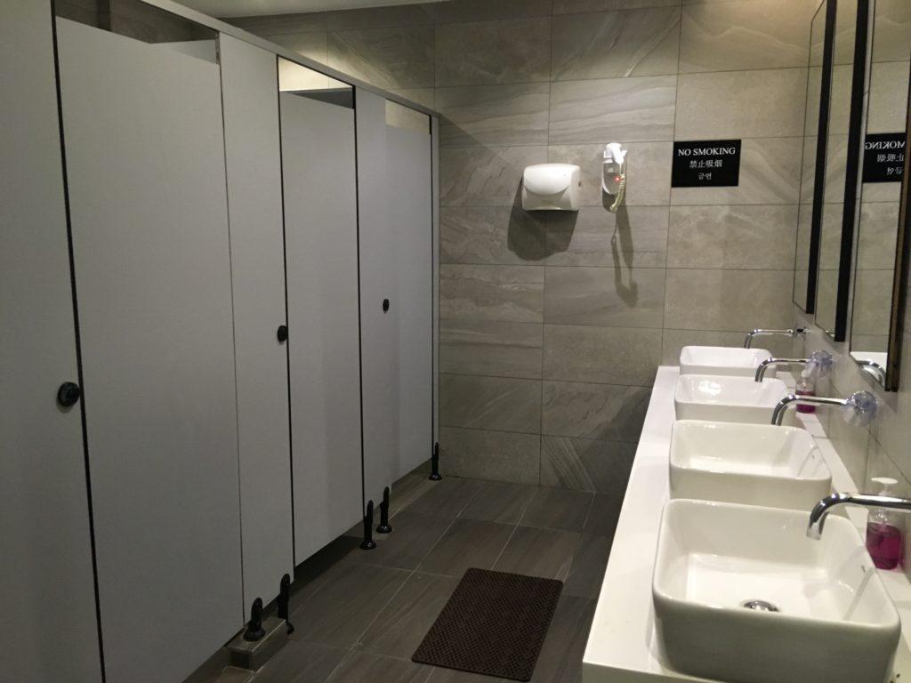 トイレ・シャワールームも比較的清潔でした