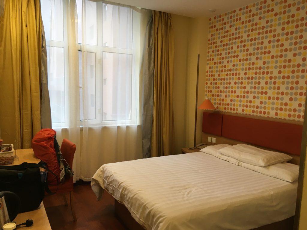 如家酒店の部屋の様子