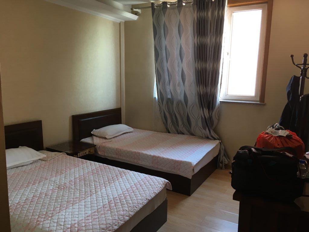 こちらが羅先で2泊した部屋です