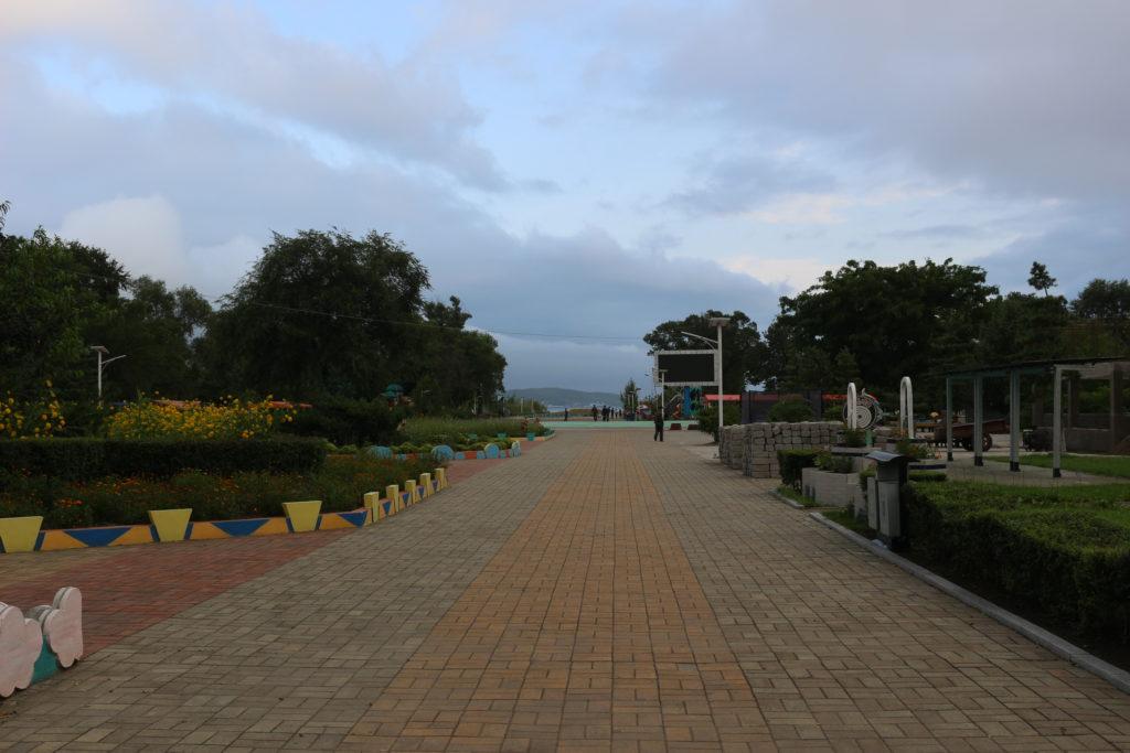 海辺まで続く遊歩道