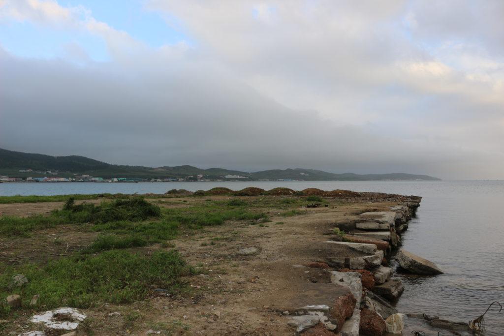 整備されていない海岸線
