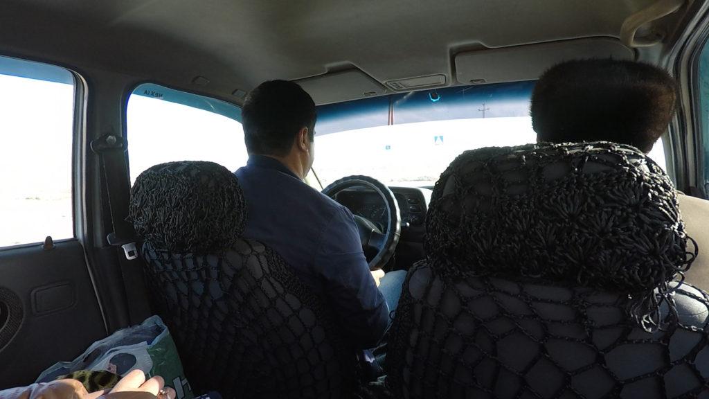 シェアタクシーの車中