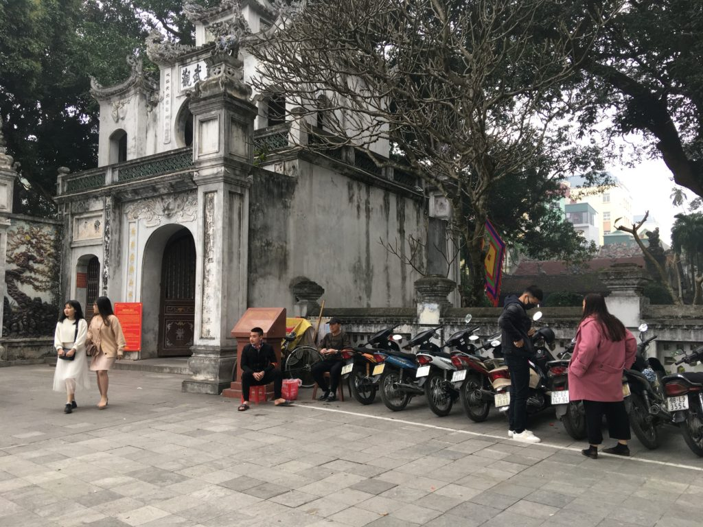 クアンタン寺の駐車スペース