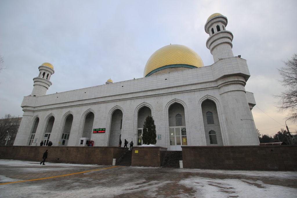 アルマティ中央モスク