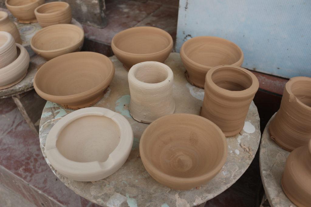 バッチャン村の陶器