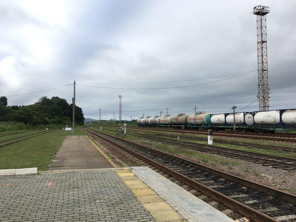 モスクワを経由し、ヨーロッパまで続く線路