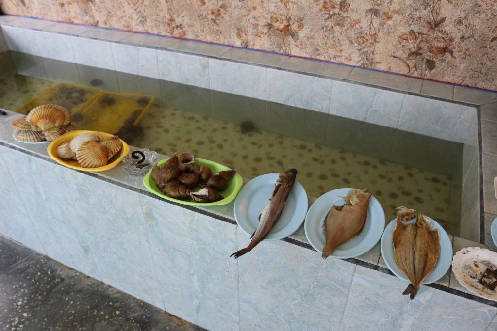 小屋で売られていた海産物