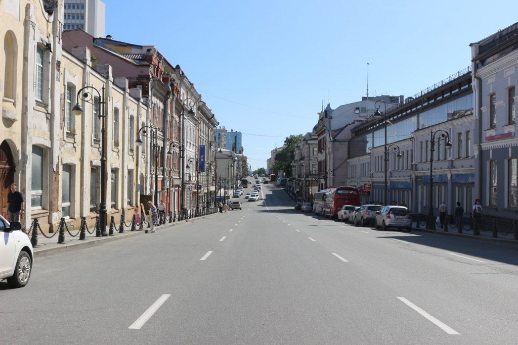市街地の大通り