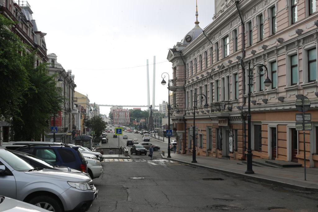 市街地の路地
